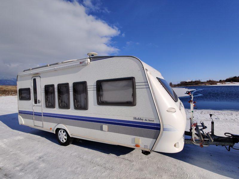krasny karavan Hobby 520 Deluxe, Hobby 520 Deluxe, obytny prives Hobby 520 Deluxe, karavan Hobby 520 Deluxe